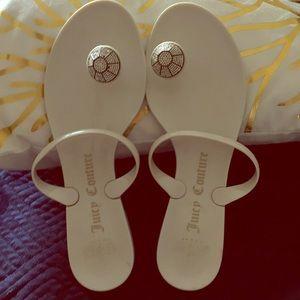Good condition Juicy Couture flip flops